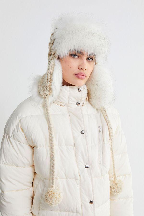 b1cf2484675 Slide View  1  Cable Knit Faux Fur Trapper Hat