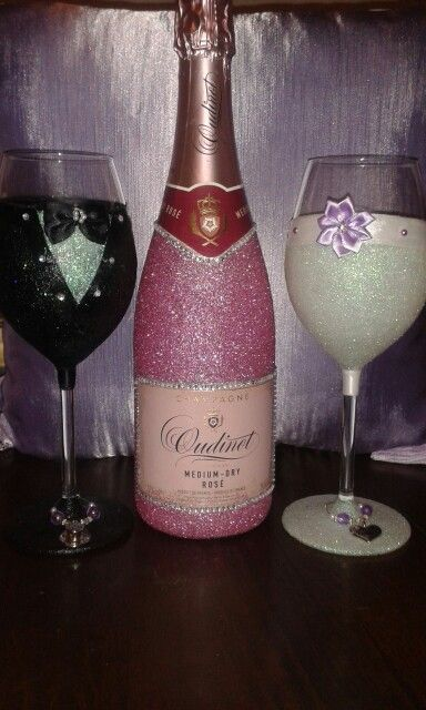 Wedding glasses and pink champagne gift.