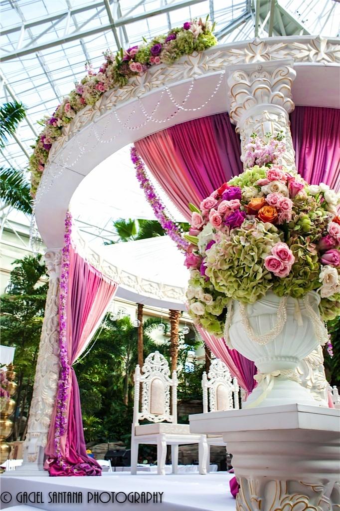 Beautiful pink wedding ceremony decor #weddingceremony #weddingdecor
