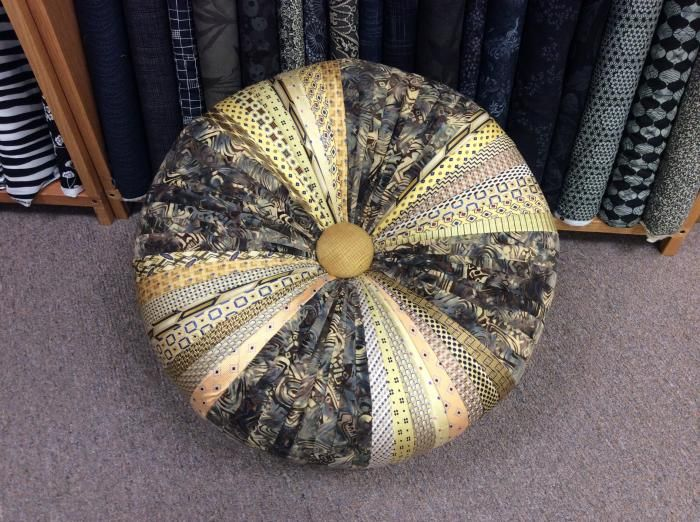 17 Best Images About Tuffets On Pinterest Ottomans
