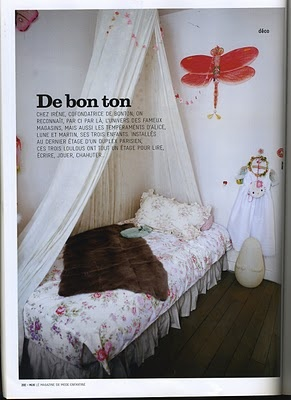 corner bed; though would it be difficult to lean against the wall?