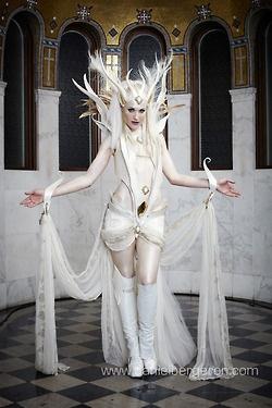 Erin Layne | Photo: Daniel Bergeron | www.mythmasque.com