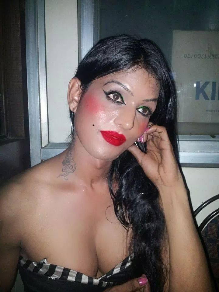 Indian Sexy Ladyboy