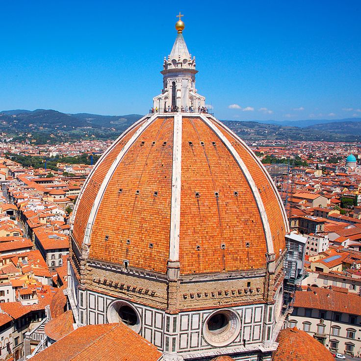 Filippo Brunelleschi, Santa Maria del Fiore's Dome. Brunelleschi was the first modern architect. First modern architectural marvel. Double shelled, lighter, not made with scaffolding.