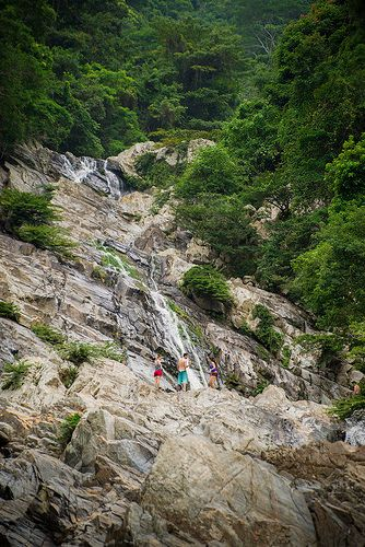 Cascadas de Valencia / Santa Marta, COLOMBIA  Photo by Josh Liba on Flickr
