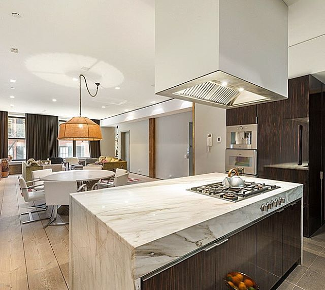 Gorgeous new loft at 45 Crosby Street in Soho... going live today at $4.5M. Also, two historic Chelsea townhouses on the most perfect treelined street with all our Fall colors exploding: 318 West 20th at $8M going live shortly and 334 West 20th SOLD at $8.5M with multiple offers in just days. ❤️