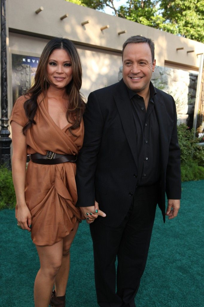 Kevin James and wife Steffiana de la Cruz