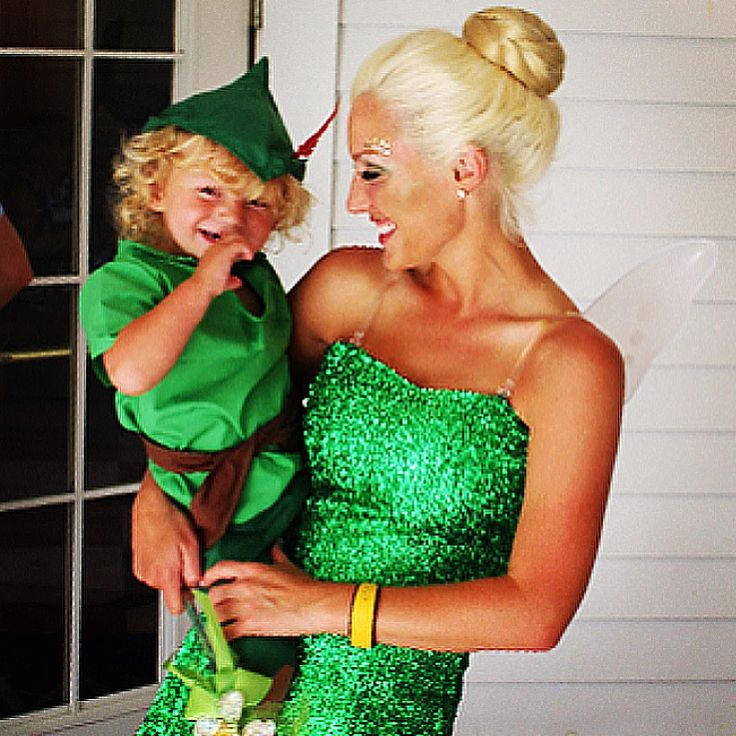 Disney Tinkerbell and Peter Pan mother and son matching Halloween costumes!