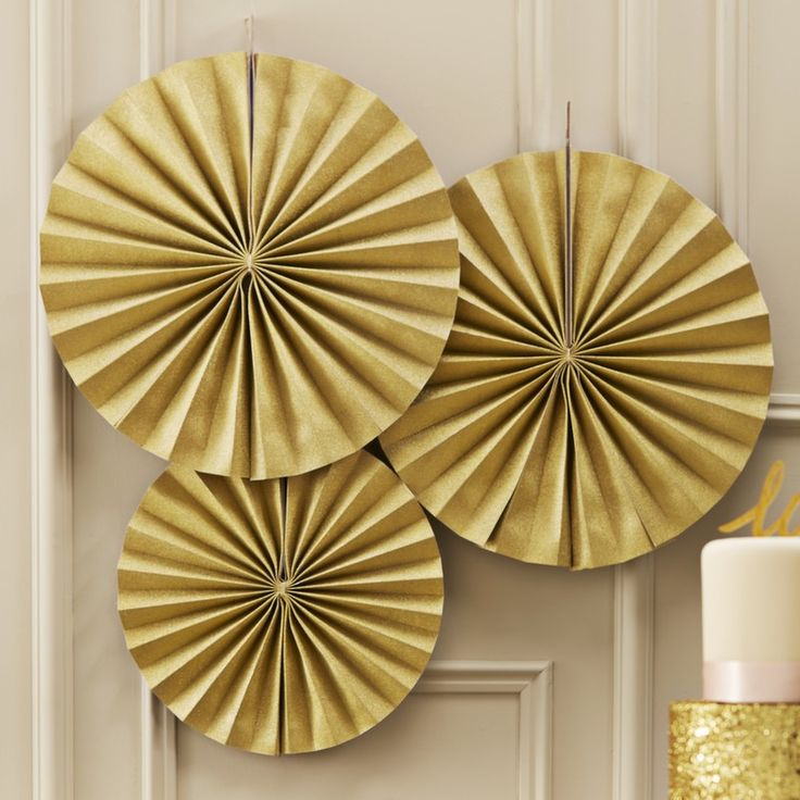 Circle Fan Pinwheel Decorations  - Gold Sparkle - Pastel Perfection