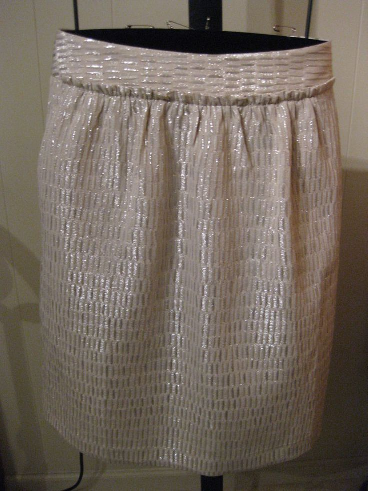 PETITE EMBOSSED SILVER METALLIC PARTY SKIRT TALBOTS 6P $139 #Talbots #StraightPencil