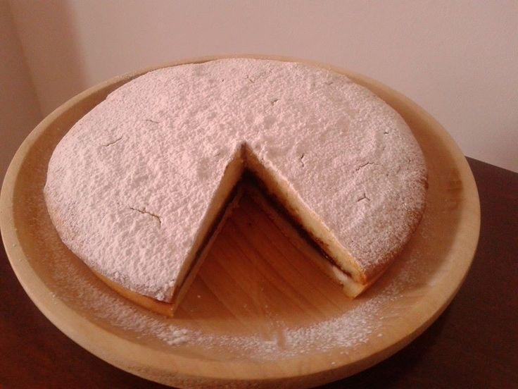 torta di ricotta con farina di riso e farcitura di lamponi