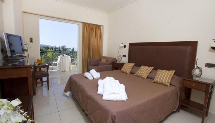 Χριστούγεννα ΚΑΙ Πρωτοχρονιά στο 4* Akti Taygetos Conference Resort, στην Καλαμάτα μόνο με 219€!