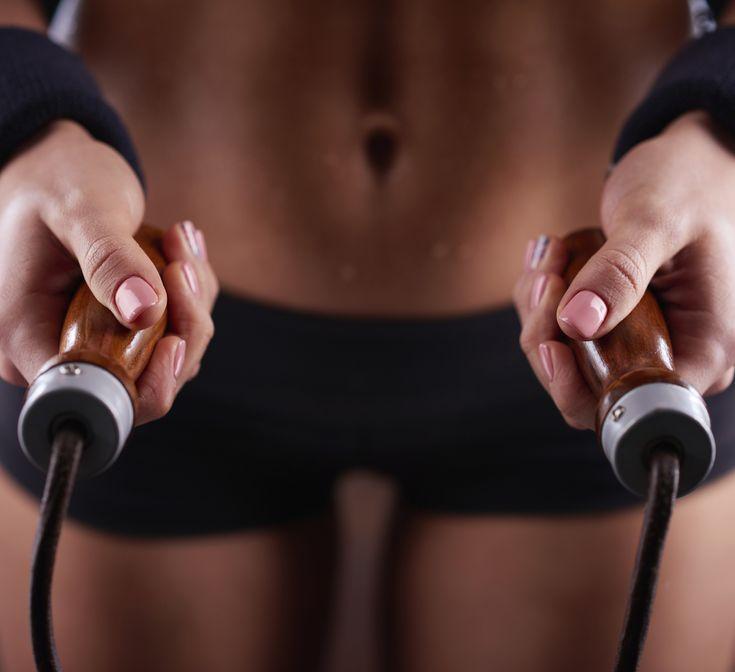 La corde à sauter : il n'y a pas mieux pour se tonifier, que ce soit à la maison, en salle ou au grand air !