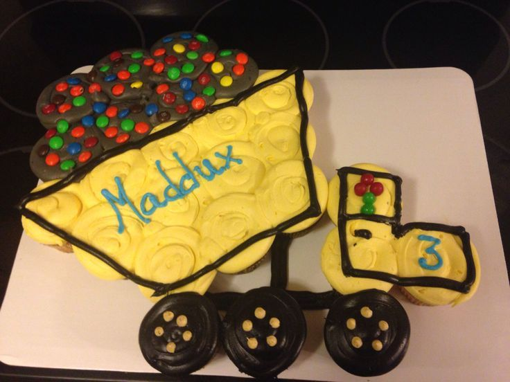 25 best ideas about dump truck cakes on pinterest tonka for Digger cake template