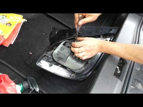 Opel Astra H Tutorial: How To Replace A Brake Light - YouTube
