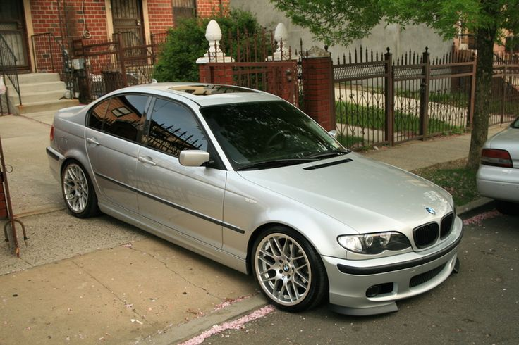 I rarely post anything else besides M3s. There you go - a nice E46 Sedan.