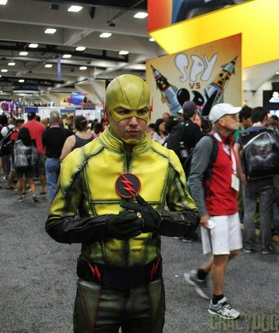 Awesome Reverse Flash Cosplay! #Eobard #TheFastestManAlive #SorryBarry xD