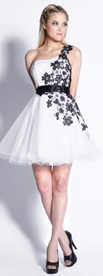 Adorable!: Pretty Dresses, Cocktails Dresses, Vintage Homecoming Dresses, Dreams Closet, Formal Dresses, Black And White, Shorts Prom Dresses, Grad Dresses, Homecoming Prom