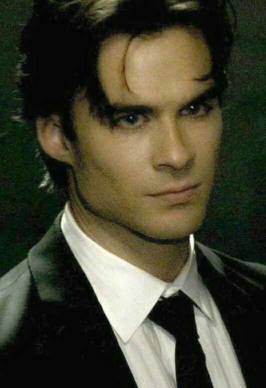 Sexy damon salvatore vampire diaries