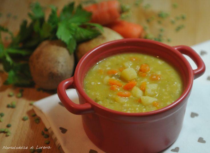 Minestra di piselli secchi con verdure e fiocchi d'avena / una bella minestra calda e nutriente.. non c'è niente di meglio, in questa stagione