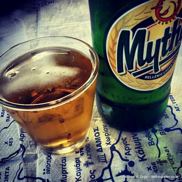 EINHEIMISCH   Amstel, Heineken, etc. - wer braucht's, wenn es Mythos und Alpha Bier gibt...