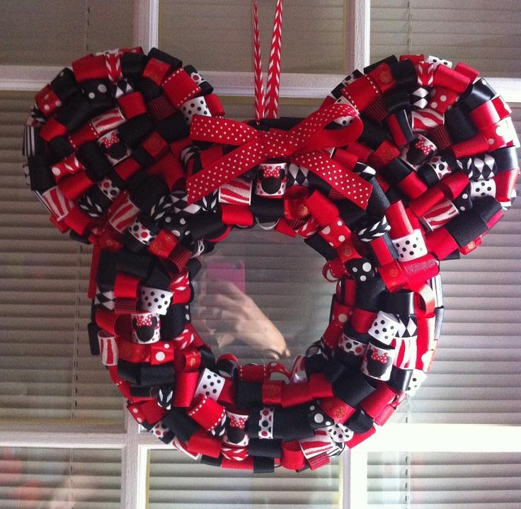 97 Best Wonderful Wreaths Images On Pinterest Holiday