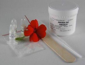Maska przeciwstarzeniowa: koenzym q10, skwalan, witamina E, vitasource, Centella asiatica