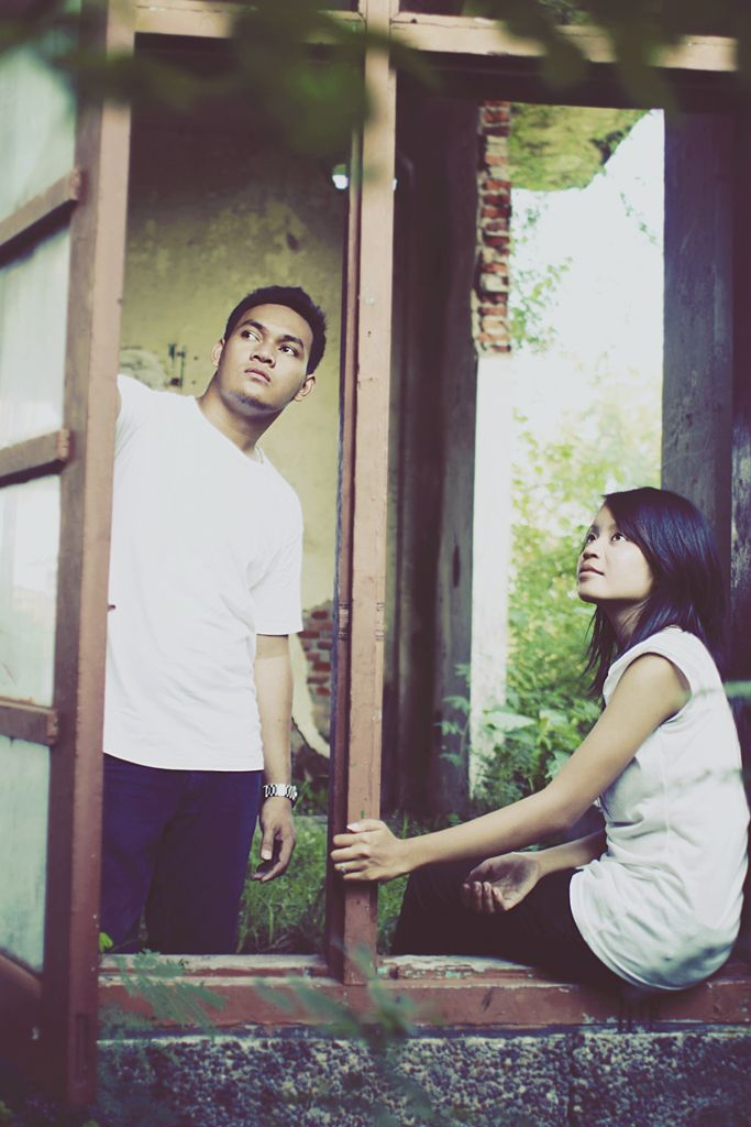Iix and Indo pre wedding photo by Polaris Photography.