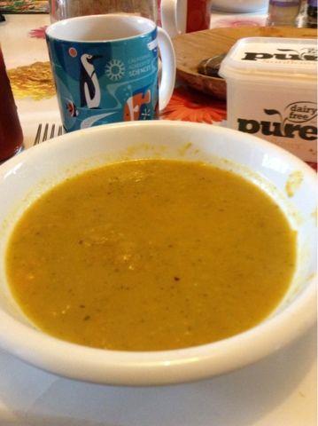 Carrot and Corriander Soup - vegan