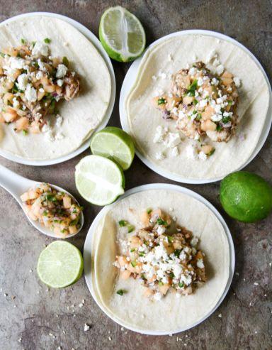 Jerk Shrimp Tacos with Spicy Melon Salsa I howsweeteats.com