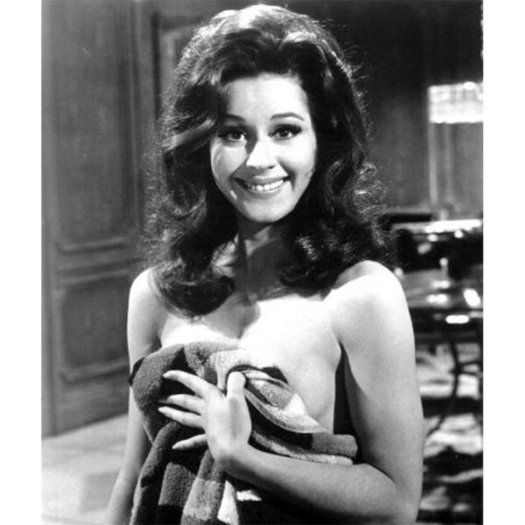 "3 Likes, 1 Comments - Celebrating Sherry Jackson! (@sherry.jackson.fan) on Instagram: ""From the movie Gunn."""