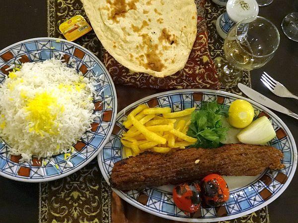 iran kuchnia potrawy kebab ryz restauracja