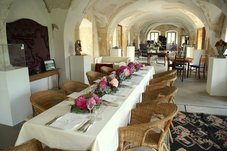 Chateau Trebesice wedding lunch