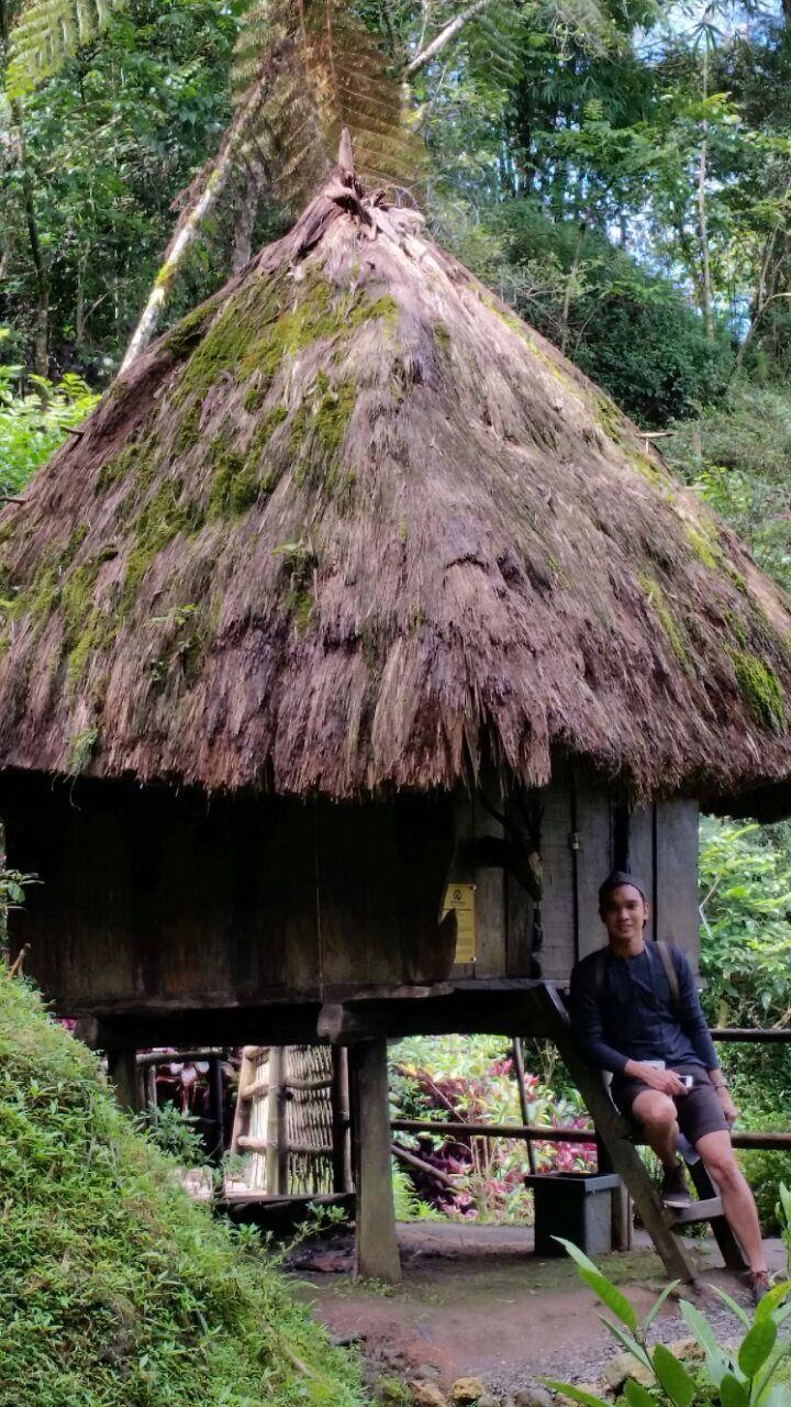 Tam-Awan Village.