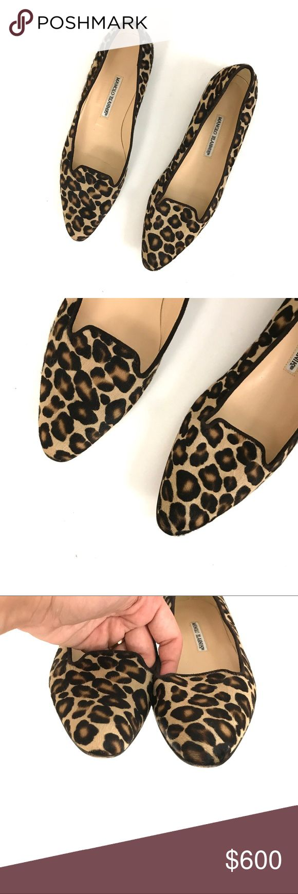 Manolo Blahnik sharif leopard print calf hair flat Gently used. they were worn twice. Size 39. Made in Italy. Only wear to the bottoms and light light wear to the toe edges. 100% AUTHENTIC. Purchased at neimen Marcus! Retail $725 flats/loafers. Cheetah/leopard Manolo Blahnik Shoes Flats & Loafers