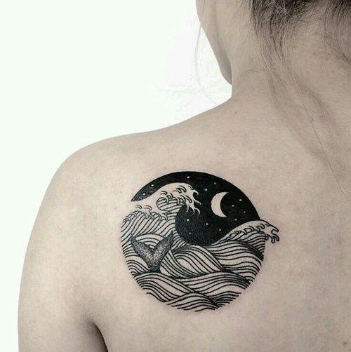 Imagem de tattoo, moon, and sea