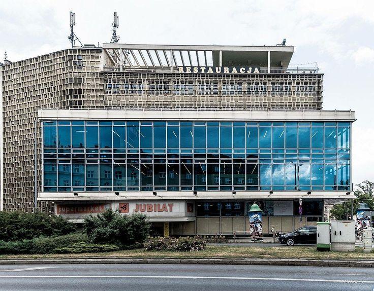 """Jubilat"" Trade House Al. Krasińskiego 1, Krakow, Poland Built between  1959-1969 Architect: Jadwiga Sanicka (c) BACU"