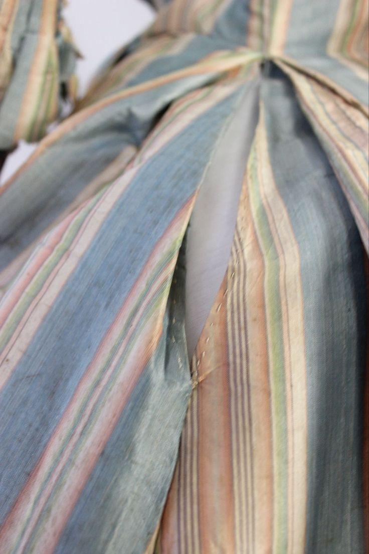 Met Museum Deaccession 18th Century French Robe Polychrome Striped Silk Taffeta | eBay