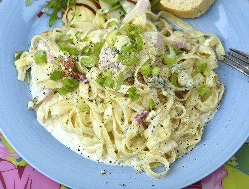 Pasta med kyckling och ädelost