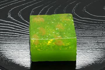 Japanese Sweets, 木漏れ日 Komorebi - Sunlight that fliters through the leaves of trees
