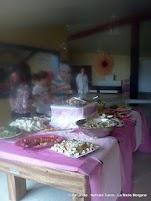 Aperçu du buffet installé dans la salle du foyer.