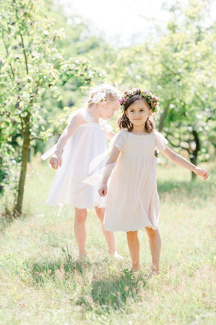Die besten 25 blumenm dchen ideen auf pinterest blumenm dchenkleider blumenm dchenkleid und - Kleider blumenkinder hochzeit ...
