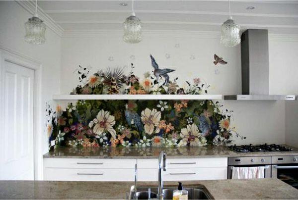frische küchenrückwand ideen bunte blumen und vögel | new flat