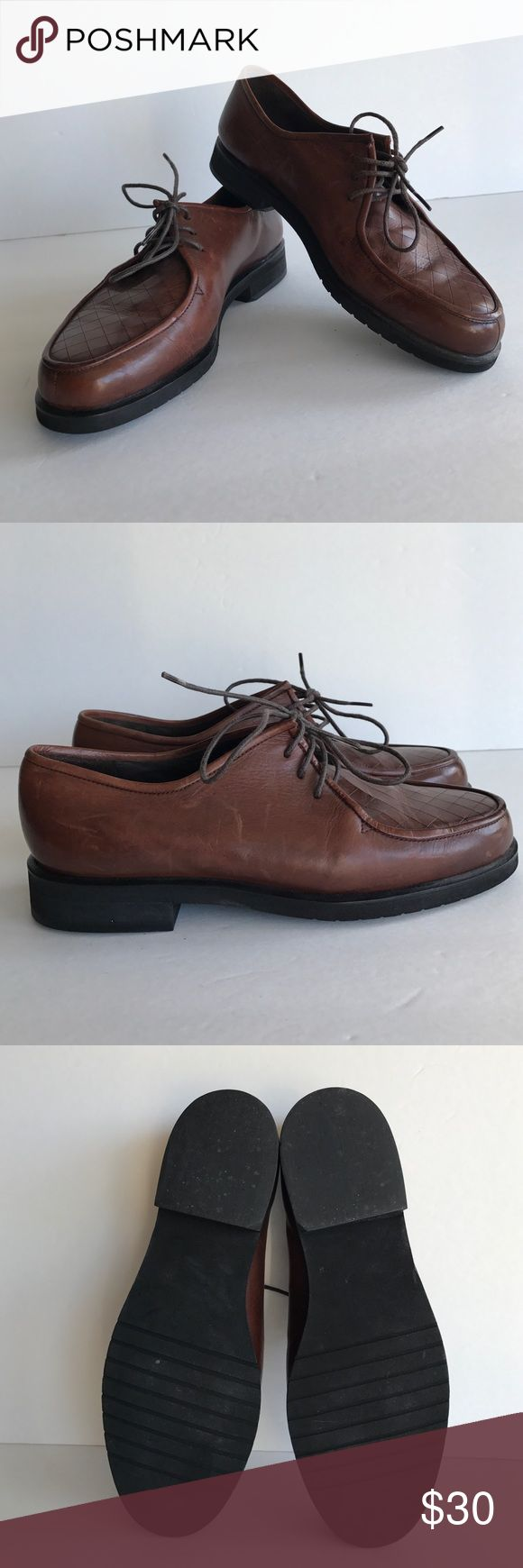 🎉HP 2/2🎉Cole Haan Dress Shoes Cole Haan Dress Shoes, size, 6 1/2, some small scratches as shown in last photo, soles in perfect condition, soft durable leather, such a beautiful shoe! Smoke free home Cole Haan Shoes Dress Shoes