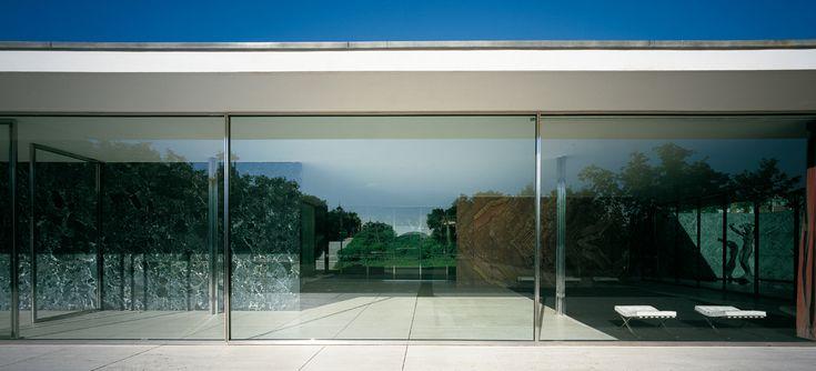 "Mies Van Der Rohe ""The Barcelona Pavilion."" International exhibition1929 ,Barcelona.  (German Pavilion) http://miesbcn.com/"