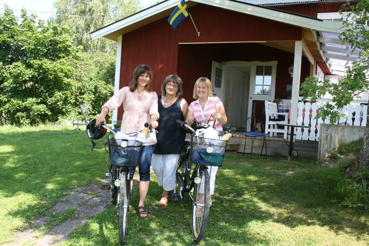 Bikingtour in Roslagen. Photo taken to the local newspaper at the Wik Bed and Breakfast in Söderbykarl