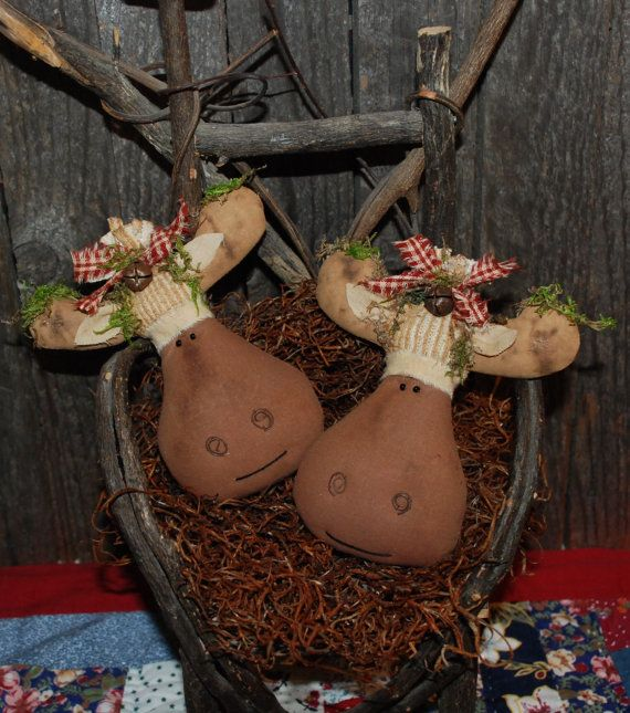 EPATTERN  Primitive Christmas Moose Tucks by OldeAnniePrimitives