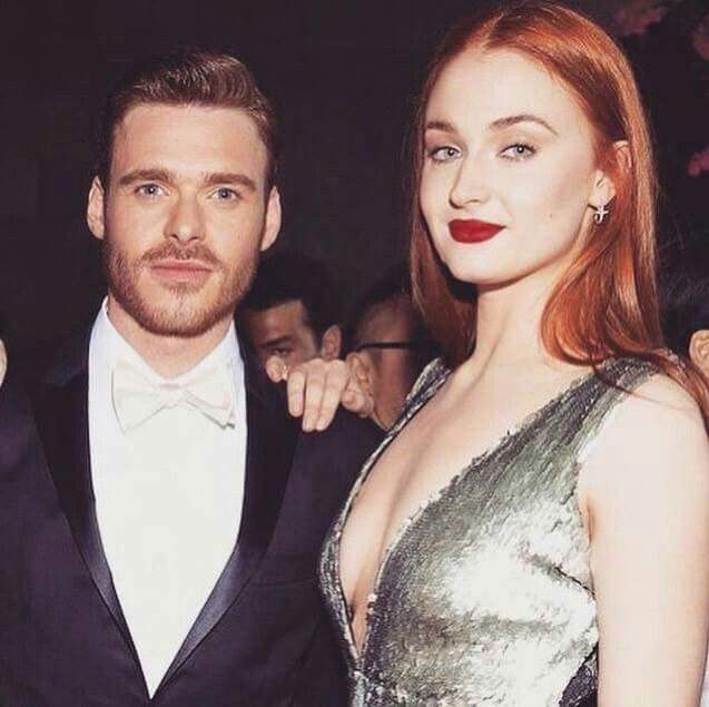 Richard Madden and Sophie Turner at 2015 Met Ball showing ...