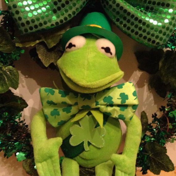 St Patrick's Day Wreath with Irish Kermit   Ireland   St ...