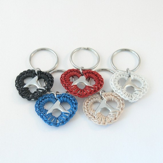 pop tab keychain - blue crochet heart.